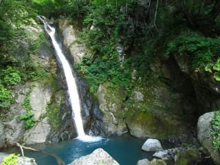 大瀬の滝緑03